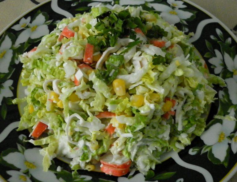 Салат из пекинской капусты и плавленого сыра