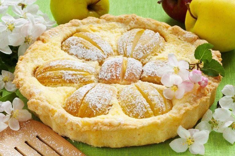 Пирог из киселя с яблоками